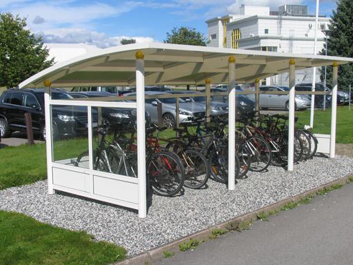 Ymer 3 sykkelskur med glass og farge hvit RAL9010